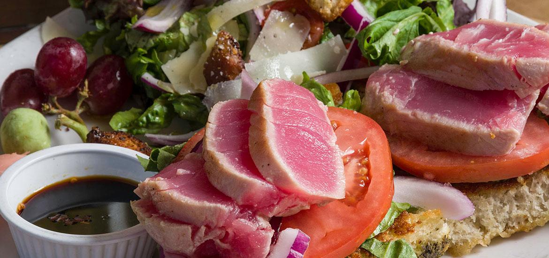 grapes-ahi-tuna-salad